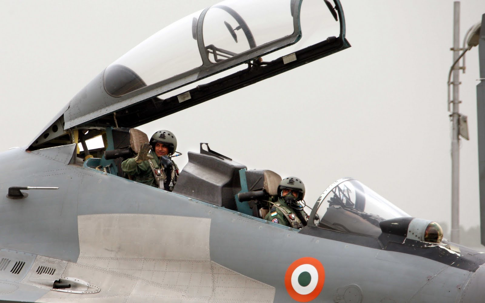 iaf contingent for indo-french exercise garuda flagged off | livefist