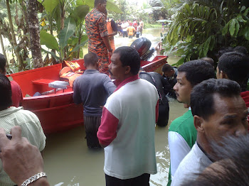 Anggota KSBK Menyertai Operasi Mencari Mayat Mangsa Banjir