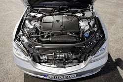 Mercedes Benz S Class 4 cylinder diesel engine