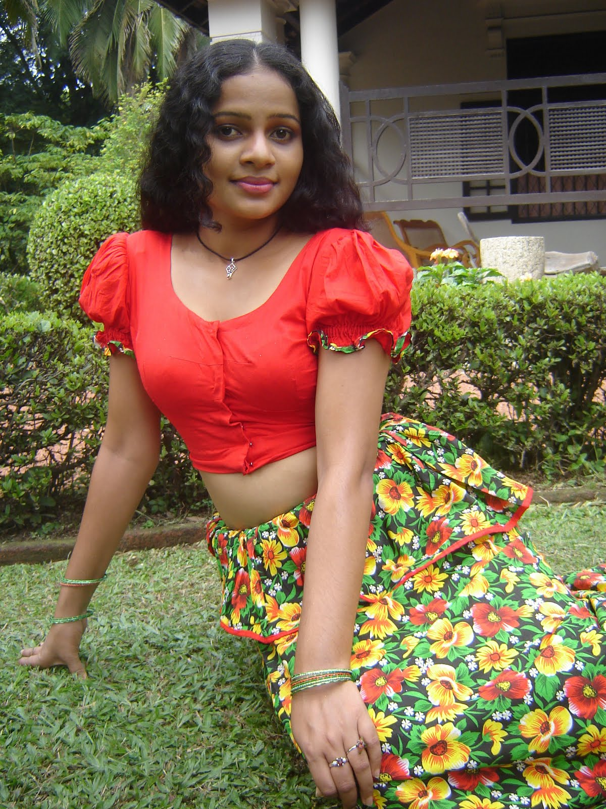 actress bhuvaneswari nude photo