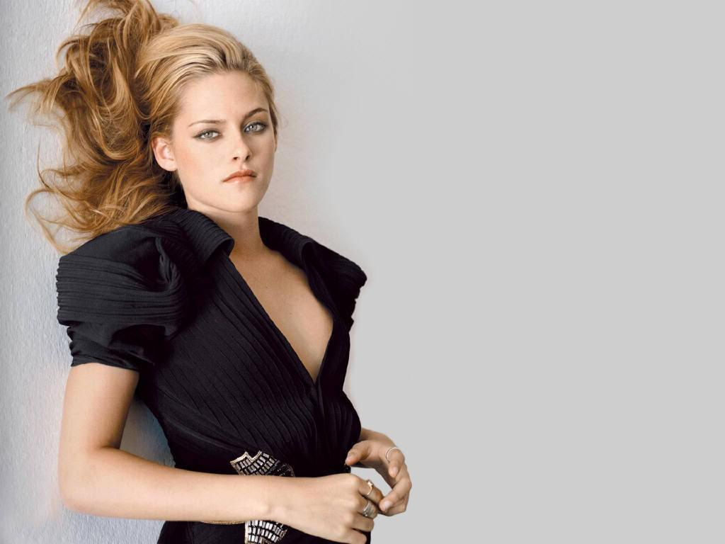 Download this Beautiful Kristen Stewart Sexy Wallpapers picture