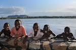 O sorriso das crianças moçambicanas é o que há de mais lindo neste solo africano