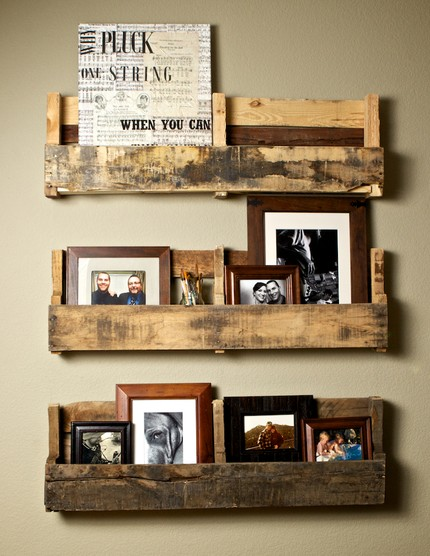 Interior design recycled wood crates and pallets make for Shelves made out of crates
