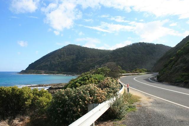 Great Ocean Road, Victoria, Australia - © CKoenig