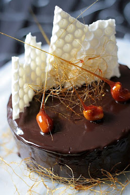 Tartelette: Daring Bakers' Nut and Chocolate Gateau
