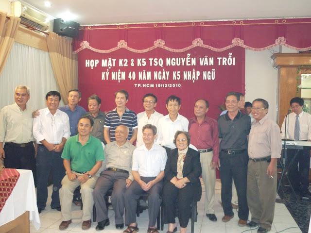 K2 cùng thầy cô và khách quý