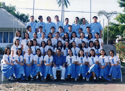 tagum national high school, fourth year del pilar, class picture