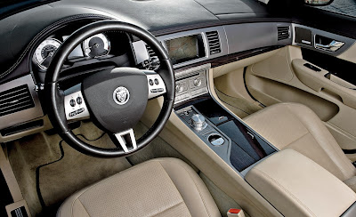 2009 Jaguar XF Supercharged_interior