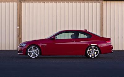2009 BMW 335I Coupe side