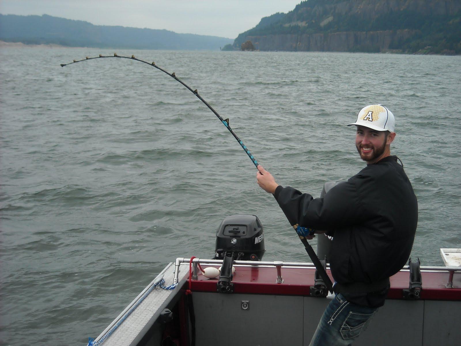 Sturgeon fishing columbia river sturgeon reports august 2010 for Fishing columbia river