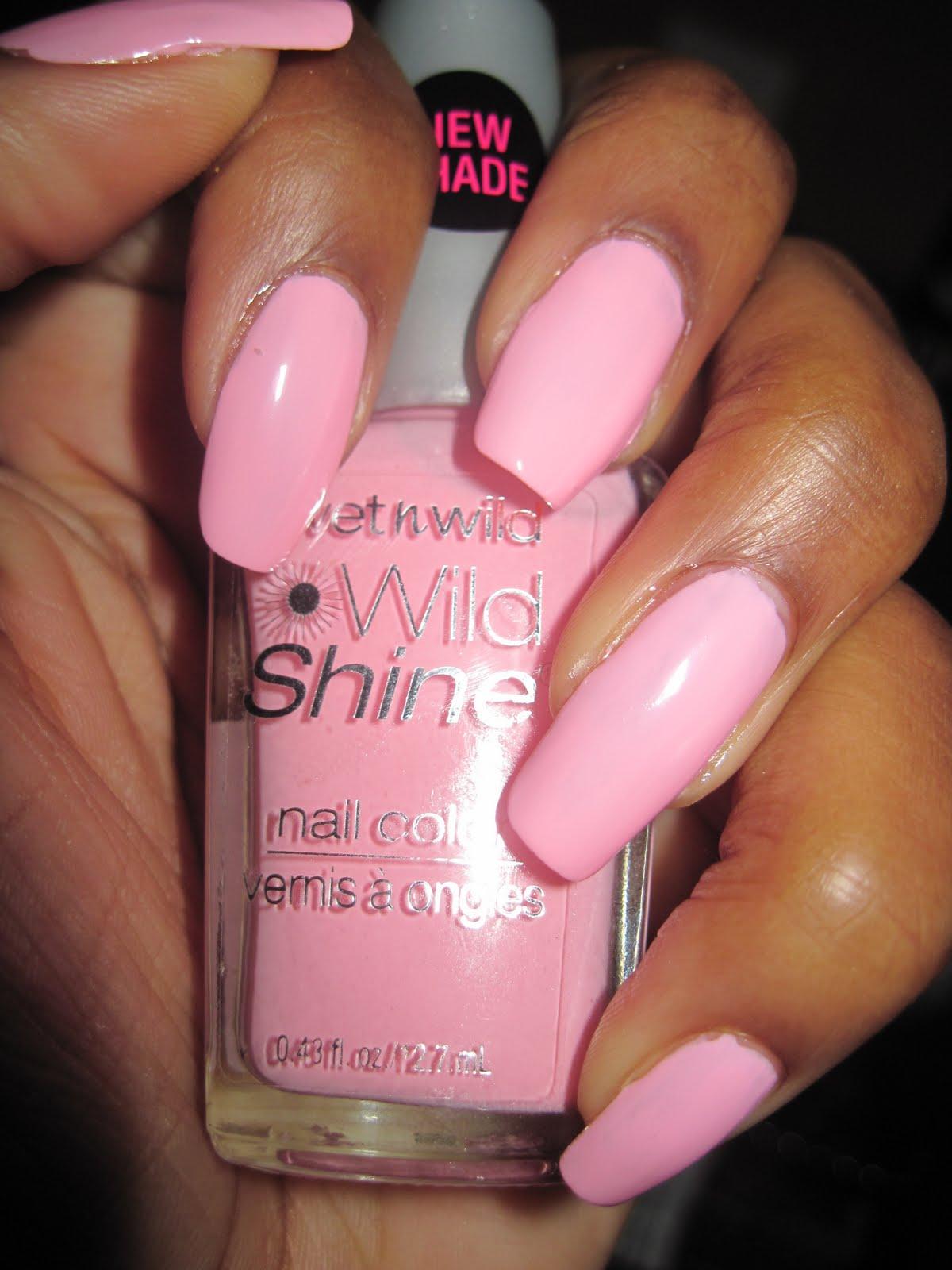 Неоново розовый маникюр фото