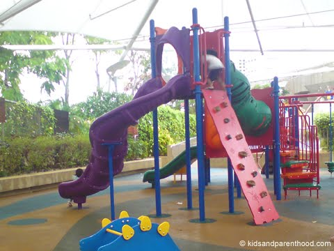 Kids And Friendly Restaurants With Play Facilities Imm Playground