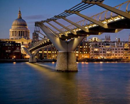الجسور الجميلة من جميع انحاء العالم 48829-450x-a_17.jpg