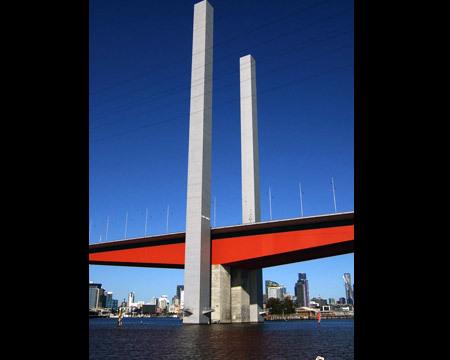 الجسور الجميلة من جميع انحاء العالم 48833-450x-a_21.jpg