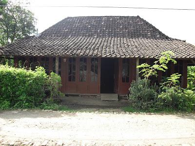 Rumah kayu jati di jual harga 35 jt & Rumah kayu jati di jual harga 35 jt | Rumah Joglo | Rumah Limasan ...