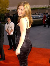 American Idol winner <br>Kelly Clarkson