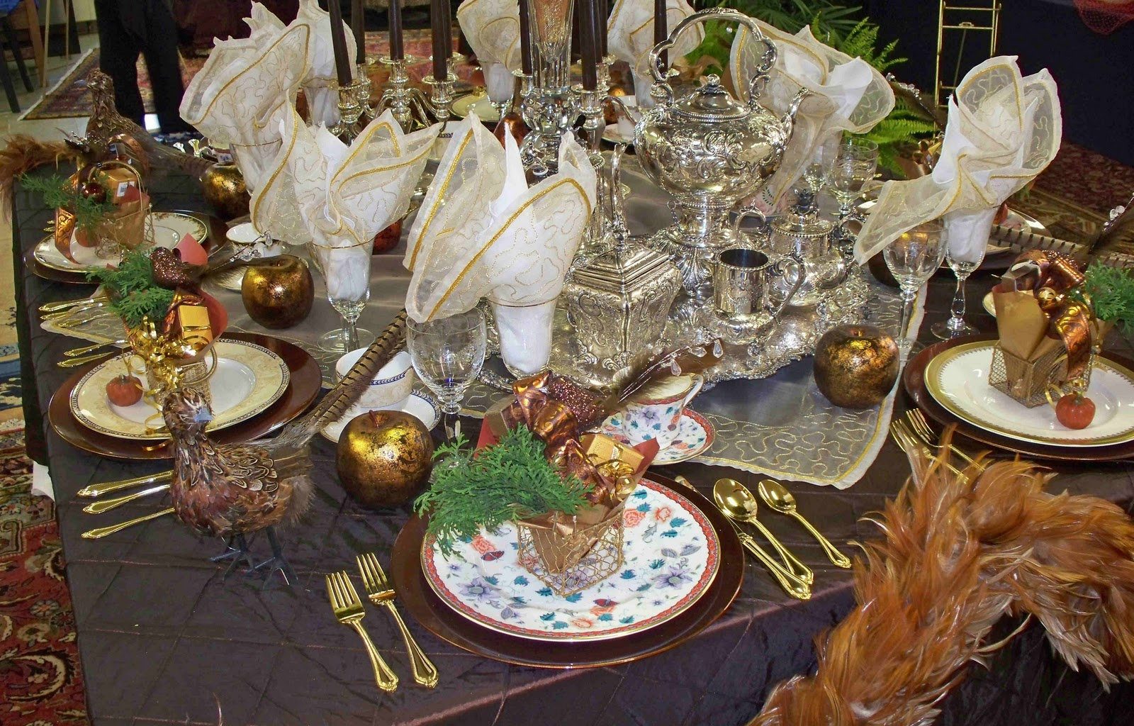 The life of a suburban princess victorian tea party for Edwardian table setting
