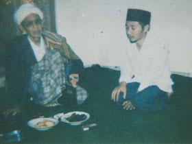 MBAH KH ABU AMAR CHOTIB (alm) & ROMOYAI SHOLEH