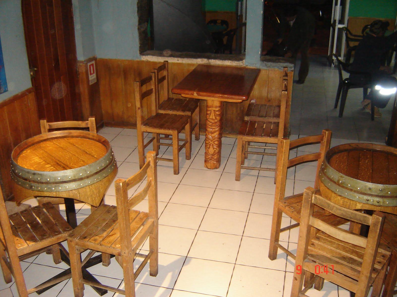 Muebles rusticos buin mesas para bares o restoranes for Ideas para bares rusticos