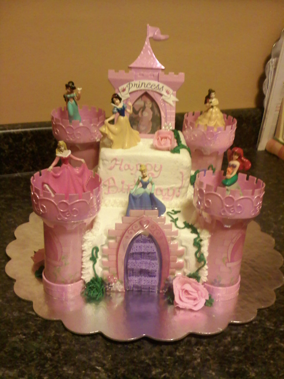 Lick Your Lips Cakes: Disney Princess Cake