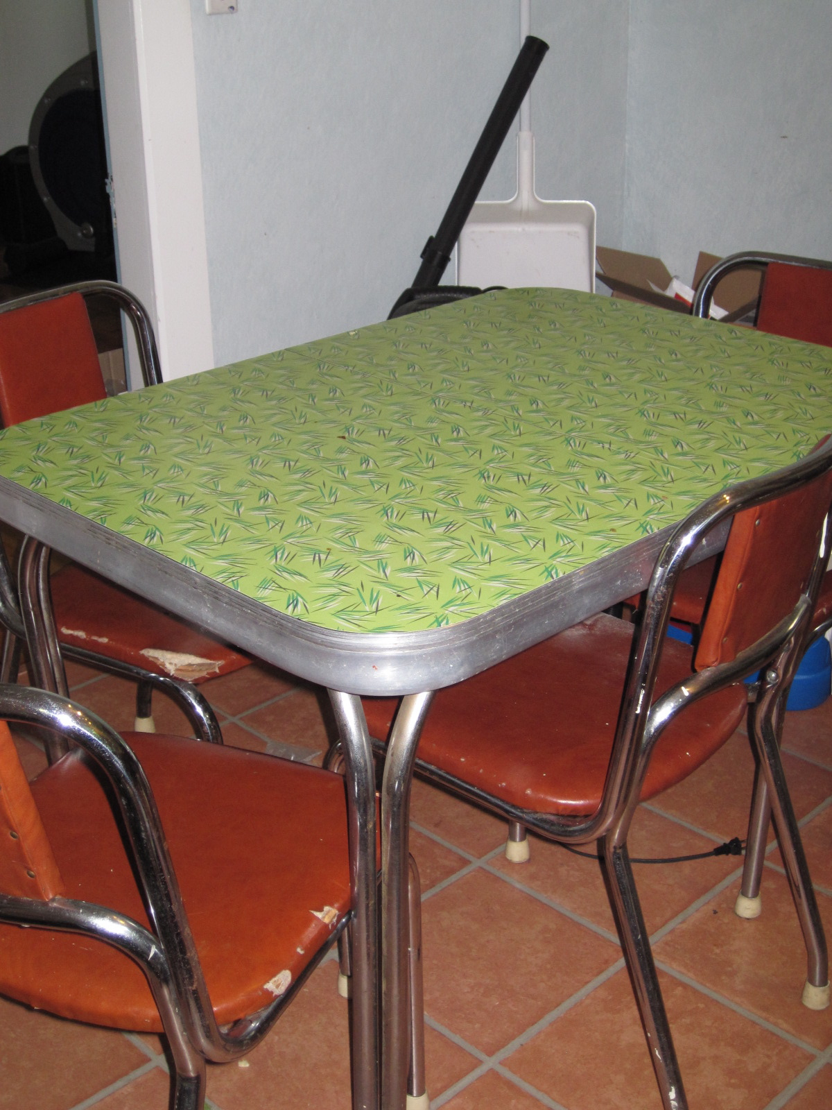 18 formica kitchen table and chairs unavailable listing on