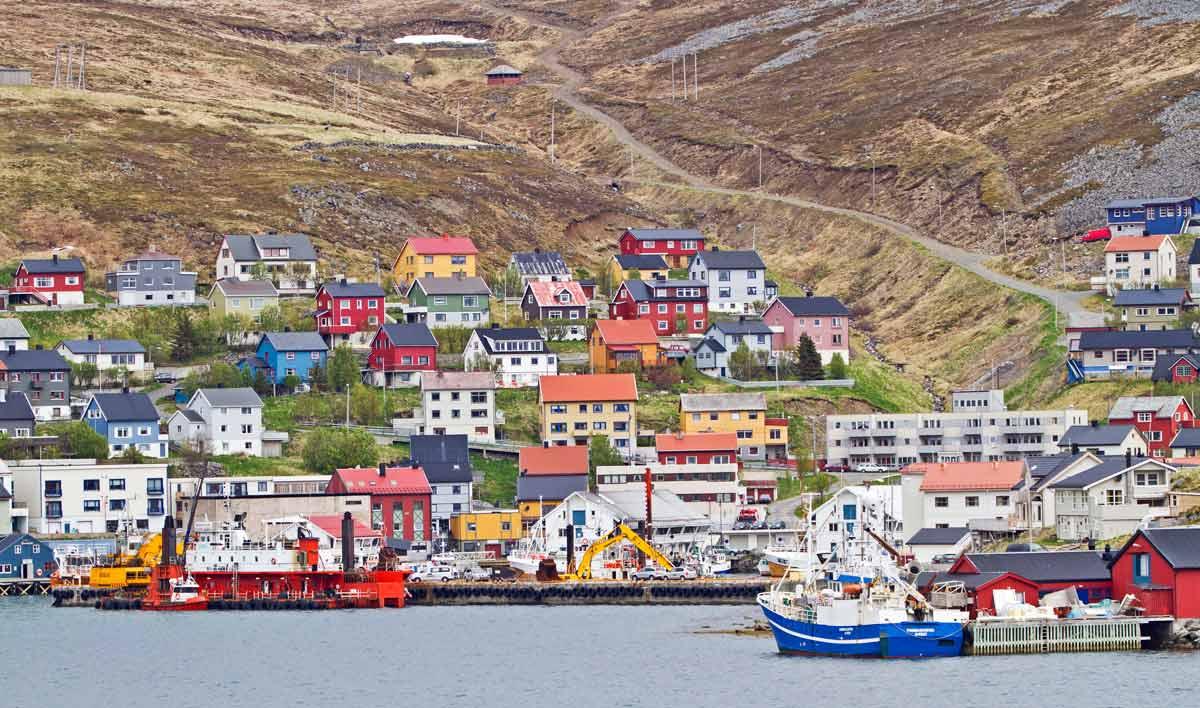 honningsvag nordkapp norway cruise port of call