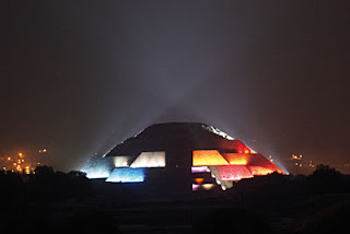 Teotihuacan mx septiembre 2009 Espectaculo de luz y sonido en teotihuacan