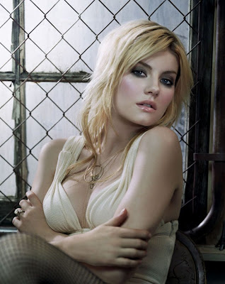 Elisha Cuthbert Sexy Posters