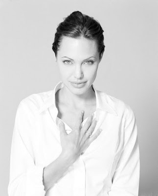 Sexy Black And White Photos Of Angelina Jolie