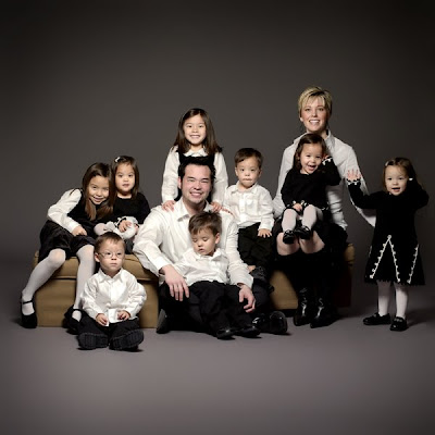 Family Of 10 with 8 Babies