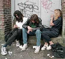 EFECTOS DEL CONSUMO DE DROGAS SOBRE LA SALUD