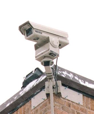 http://4.bp.blogspot.com/_osBSsrA3I3I/S8SCdQL8XVI/AAAAAAAAACQ/vmyuHdwocbw/s1600/security-camera.jpg