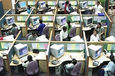 indiacallcenter thumb 450x297 Centres dappels : SOS acouphènes