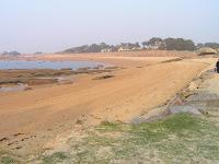 Trégastel, à proximité de Perros Guirec, une magnifique plage de la côte de granit rose