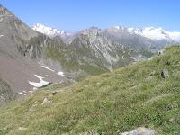 Les sommets blancs: à gauche la Rötspitze 3496 mètres, à droite le Grossvenediger 3666 mètres