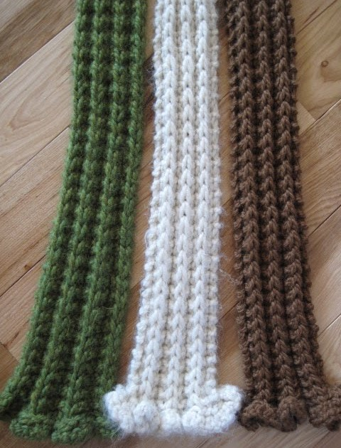 Perbedaan Knitting And Weaving : Knitting and weaving tidbits a week of scarves day