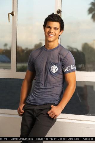 Tudo sobre Taylor Lautner
