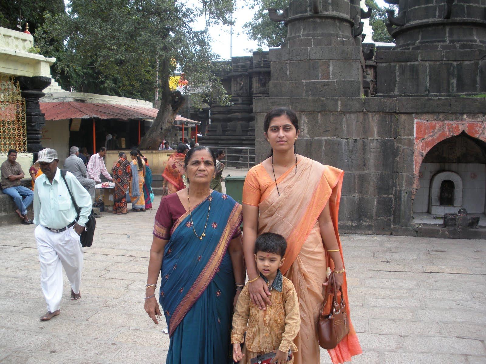 Rashi Bhavishya 2012 With Video In Hindi