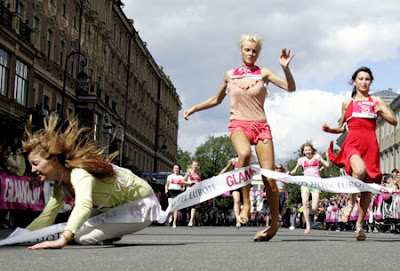 High-heel sprint