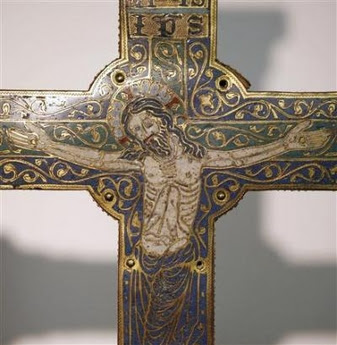 800 year old crucifix