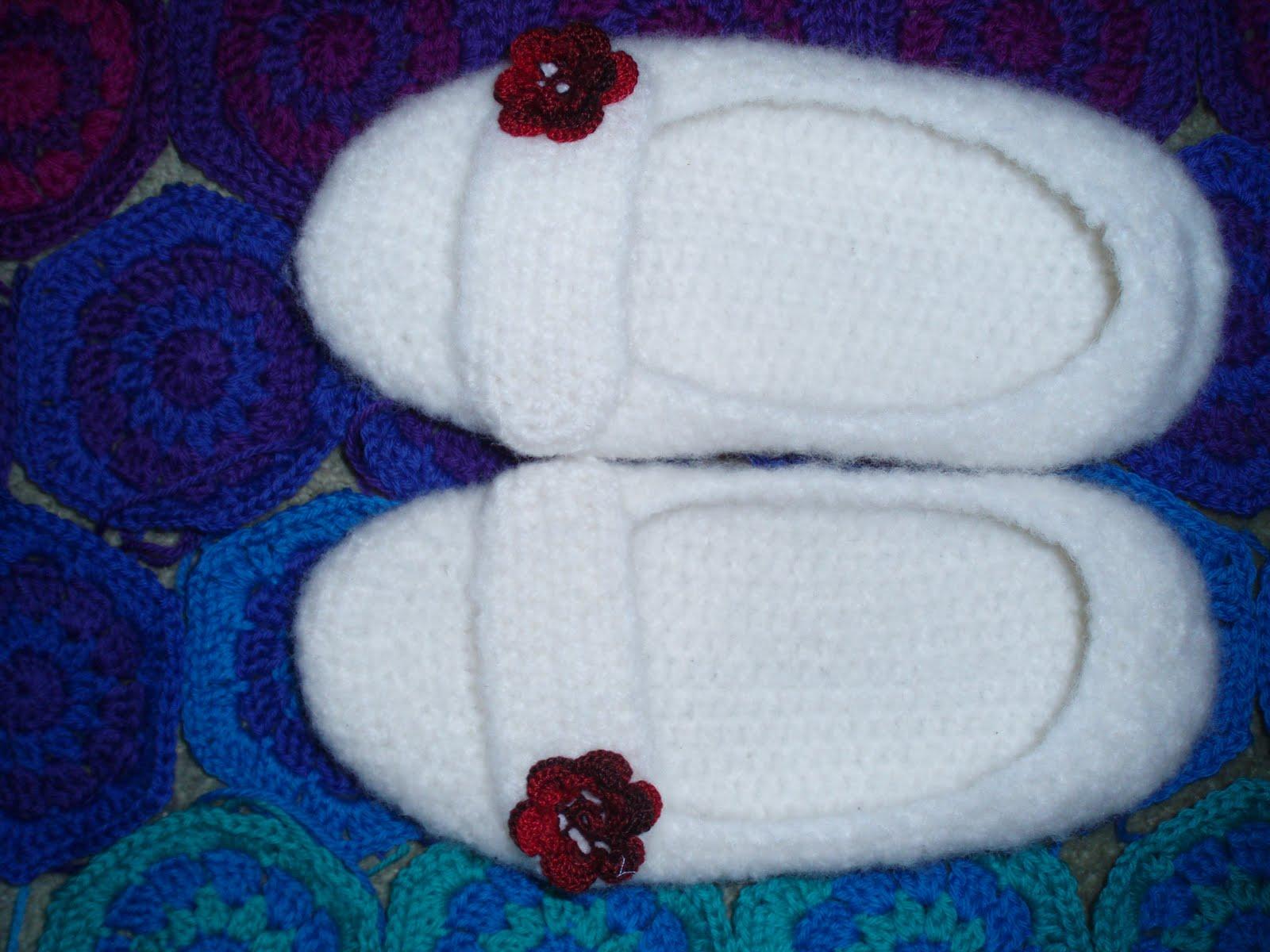 Rose Slippers Crochet Pattern   FaveCrafts.com
