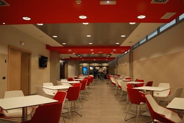 Arquizano interiorismo dise o de locales comerciales for Disenos para cafeterias