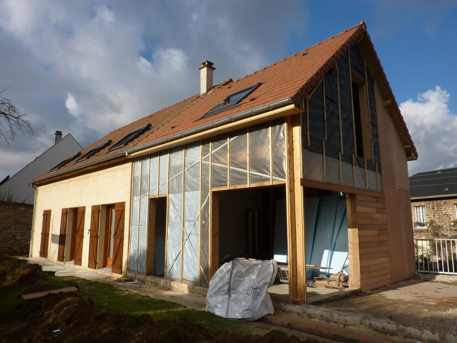 Chantier extension bois le chesnay semaine 6 7 for Extension maison bois yvelines