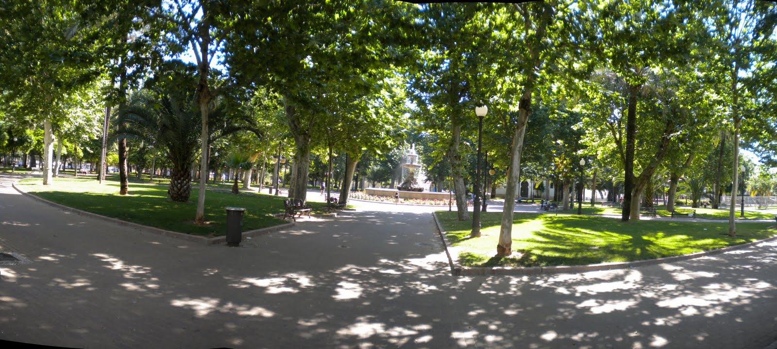Cordoba encrucijada de culturas jardines de colon for Jardines en cordoba capital