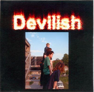 [Récap album] Devilish Normal_TokioHotel_Devilish_1