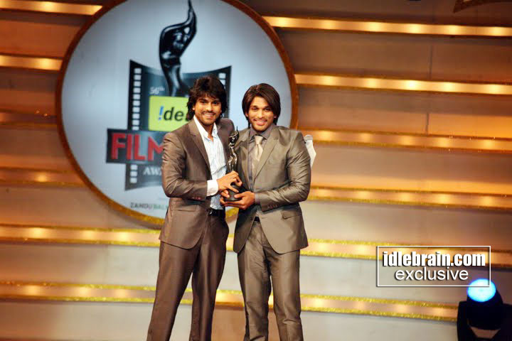 [filmfareawards20081[1].jpg]