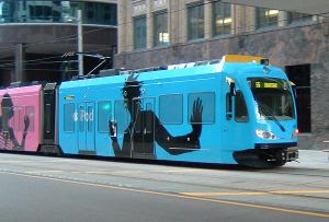http://4.bp.blogspot.com/_ozdg0g2E4Vk/Rvj-oo4TbgI/AAAAAAAAAy0/kawRnpdHfn8/s320/300px-Wrap_advertising_light_rail.jpg