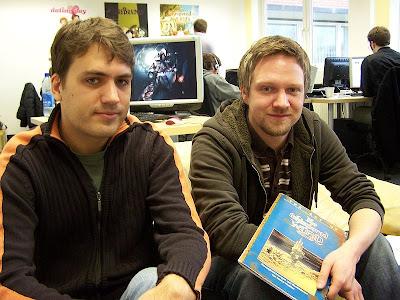 автор идеи игры Ускользающий мир Marco Hüllen (справа)