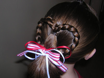 Quick easy cute heart ponytail