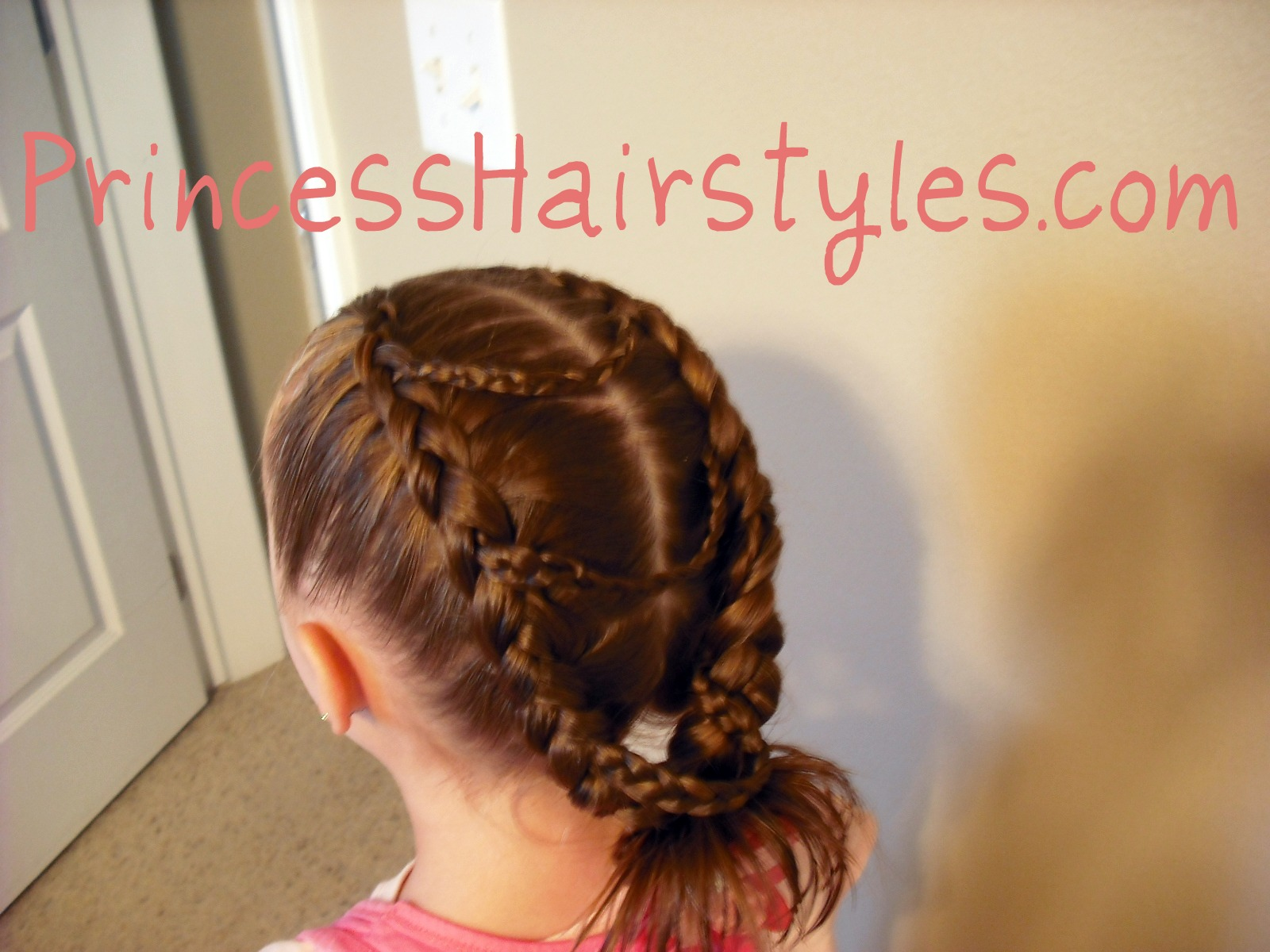 This princess hair style is relatively easy to make (as long as you